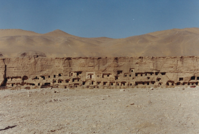 Buddhist Art, Ruined Cities, and Theft on the Silk Road